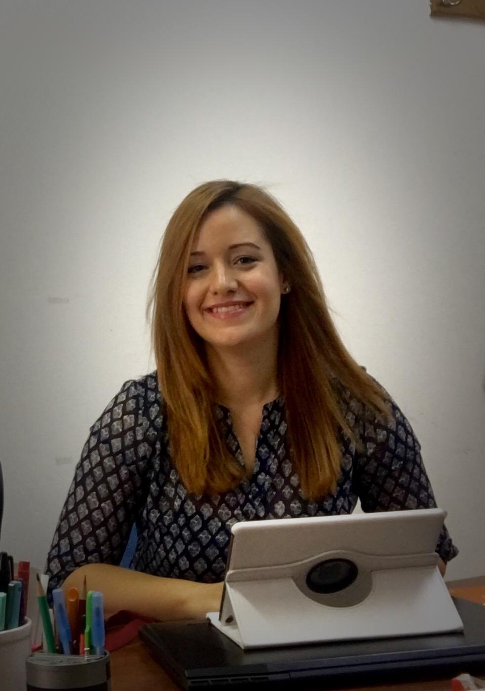 NESLİHAN ALPAY SARI fotoğraf